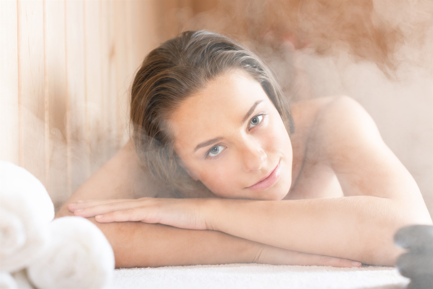 8 Infrared sauna bath Benefits for your Health and Wellness